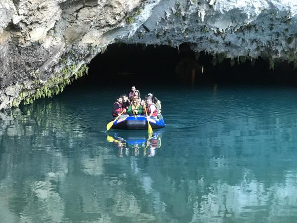 Altınbeşik Mağarası, turistlerin ilgi odağı