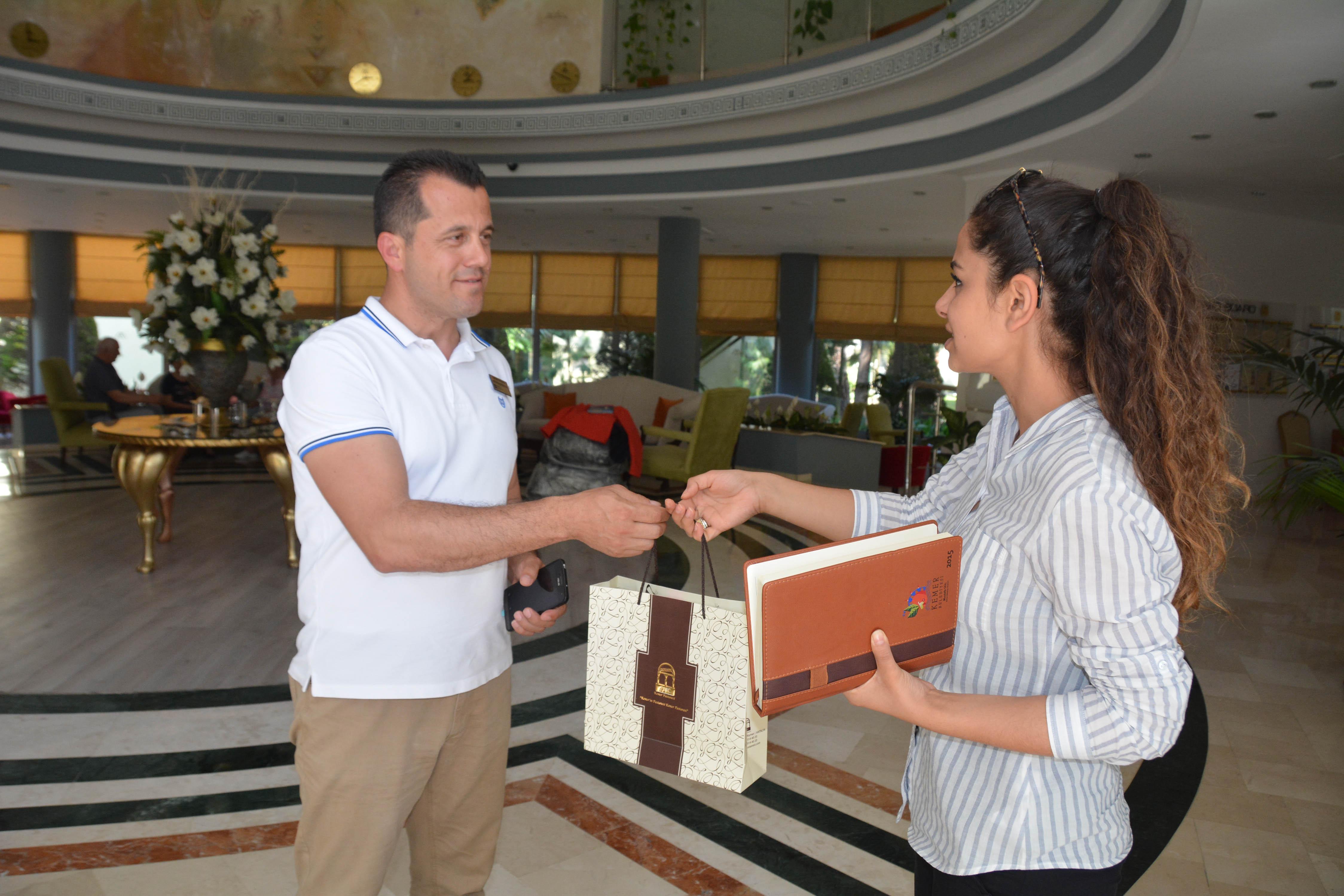 Başkan Gül'den turizmcilere mektup