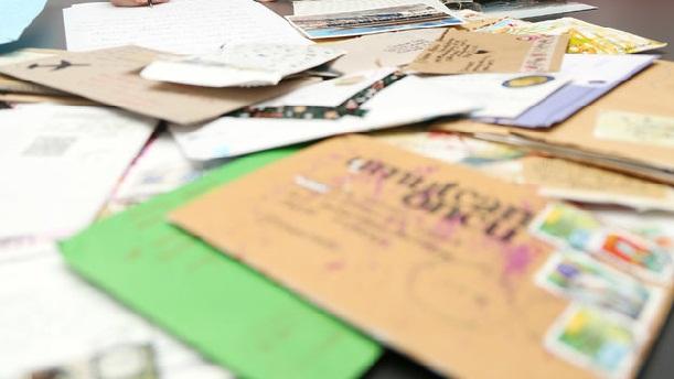 Mektup arkadaşlığıyla 30 ülkeye Antalya'yı tanıttı