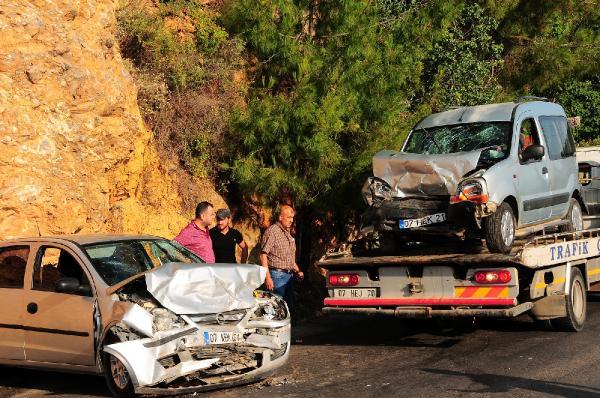 Alanya'da kaza: 5 yaralı