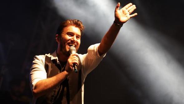 Kemer'de, Mustafa Ceceli konseri