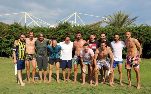 Futbolcular Belek'te tatilde