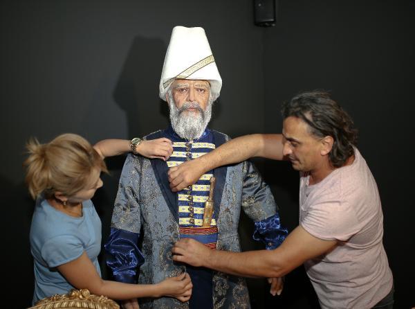 Padişahların mumdan heykelleri Antalya'da