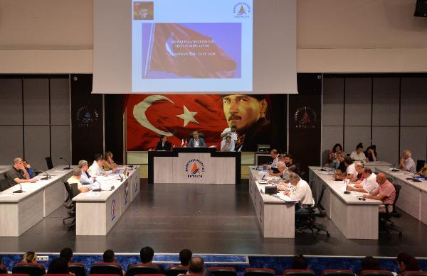 Türkan Şoray'ın adı kültür merkezine verildi