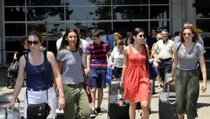 Antalya'ya 4,5 milyondan fazla turist geldi