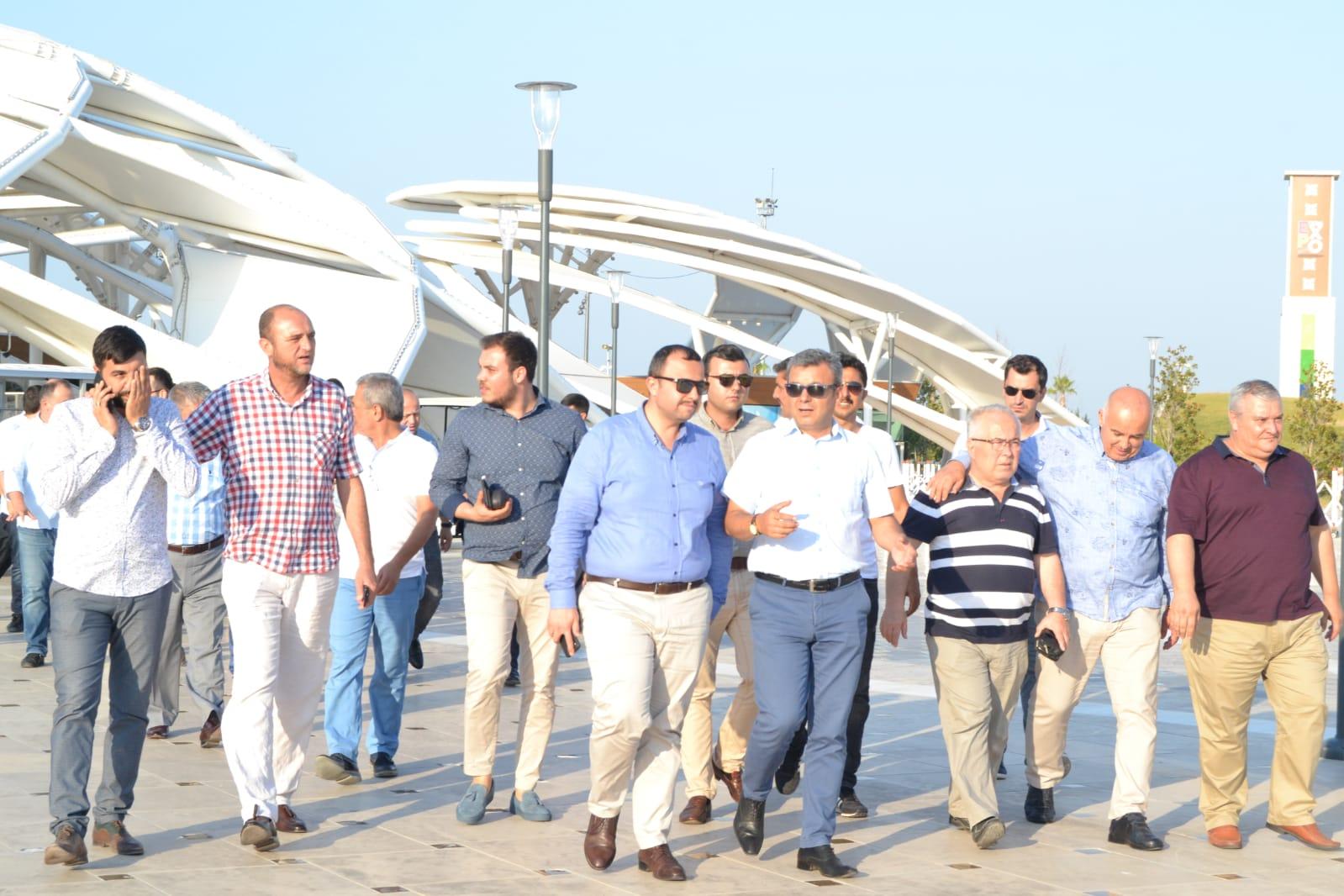 Antalya Ak Parti Başkanı ve yönetim kurulu üyeleri EXPO 2016 Antalya sergi alanı ziyareti