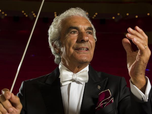 Orkestra Şefi Aykal: Sanat ve halk müziği, klasik müzikle çatışmaz