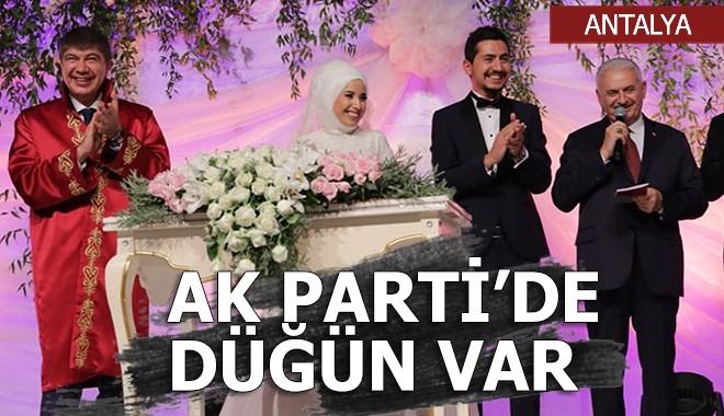 Antalya Ak Parti'de düğün gecesi