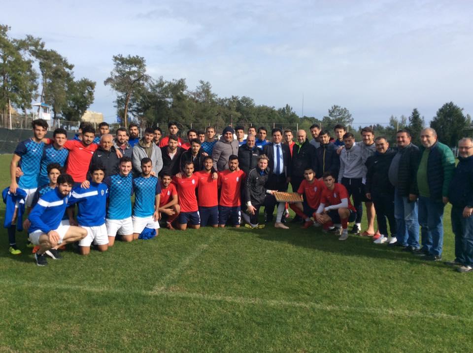 Başkan Mustafa Gül Futbolculara ve Teknik heyete Moral verdi.