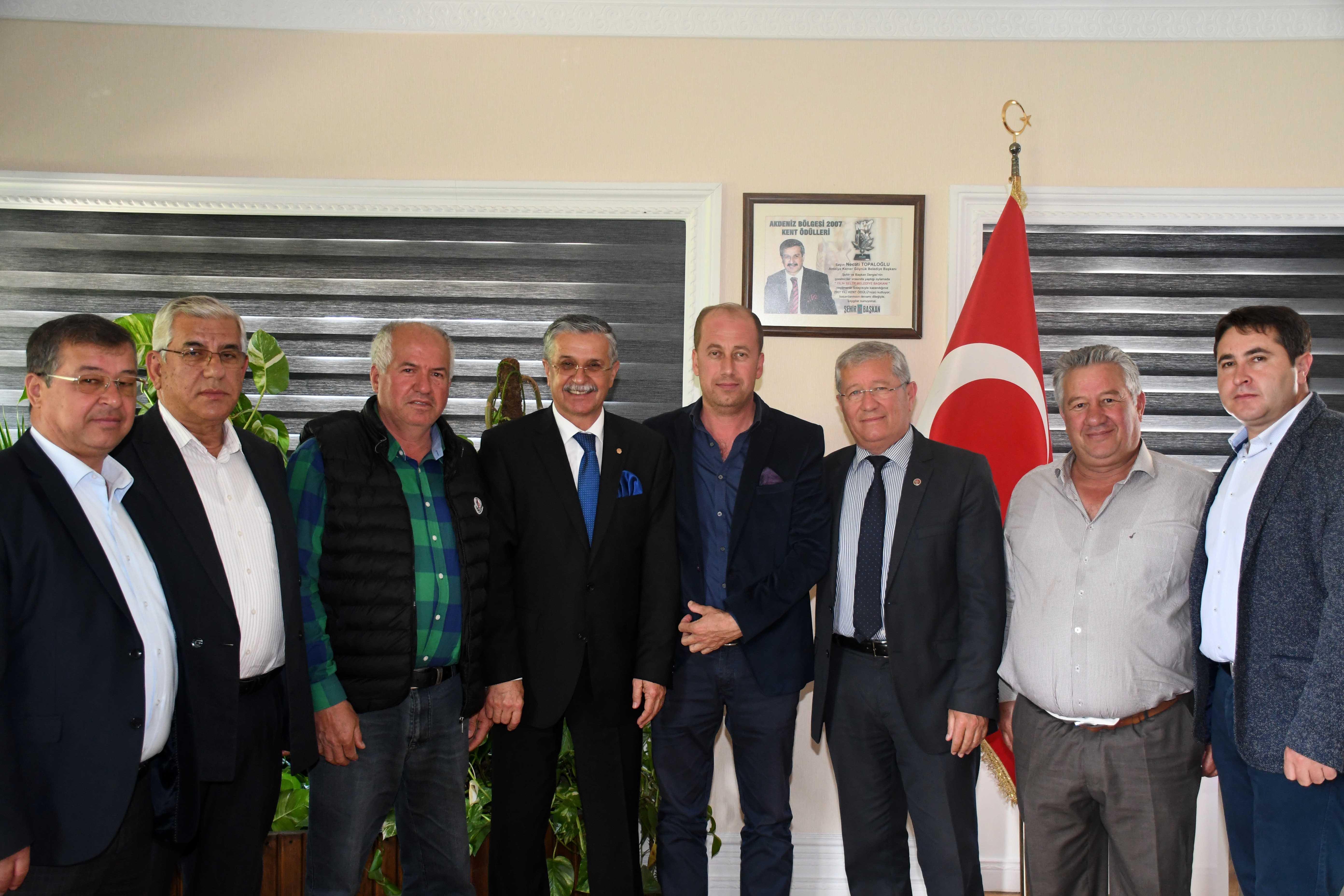Başkan Topaloğlu'na tebrik ziyaretleri