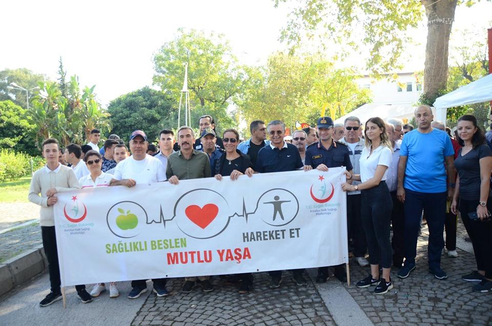 Dünya Yürüyüş Günü Kemer'de Kutlandı