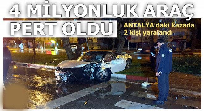Antalya Konyaaltı'ndaki kazada 2 kişi yaralandı