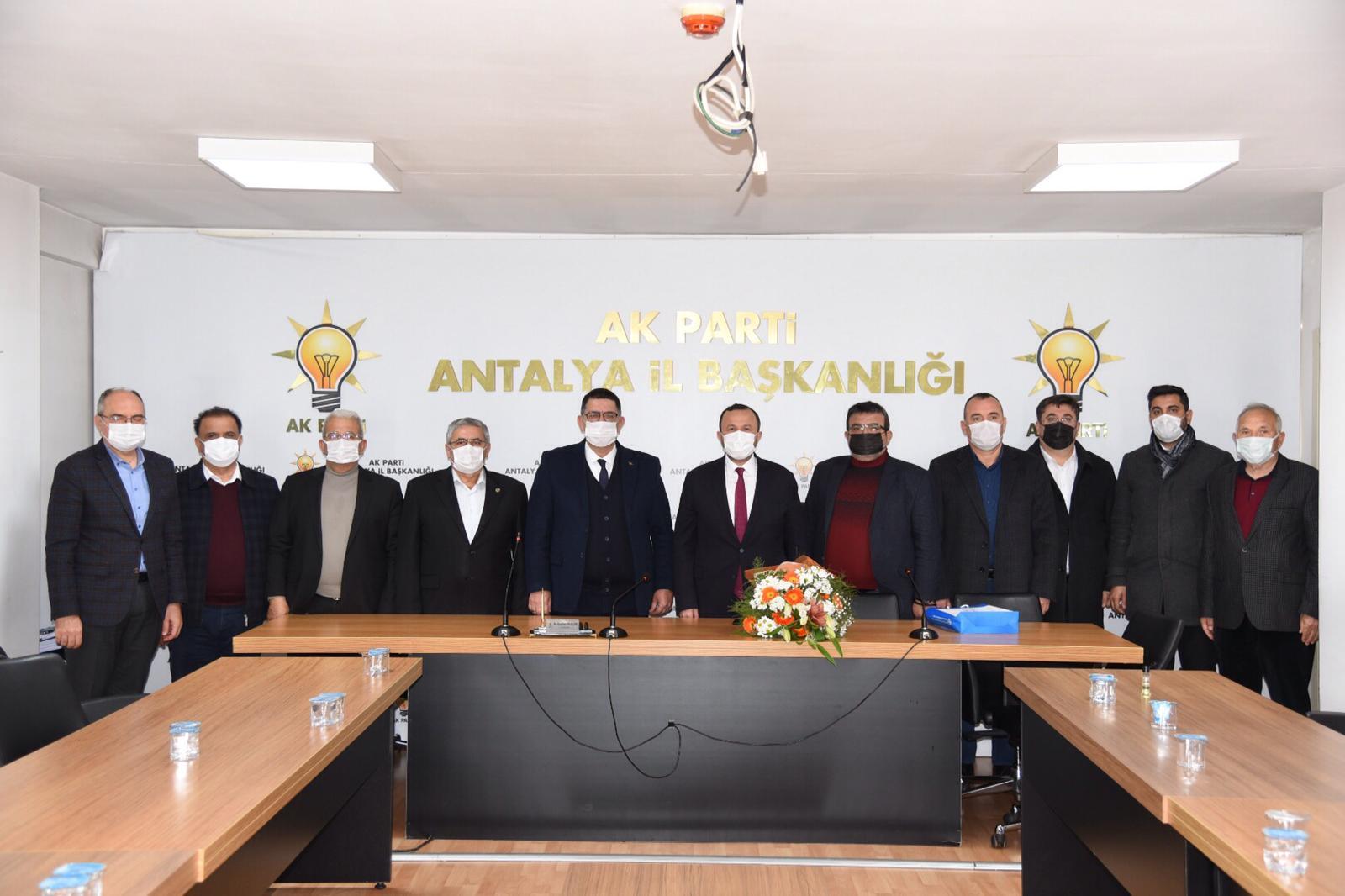 Esnaflardan AK Parti İl Başkanı'na ziyaret