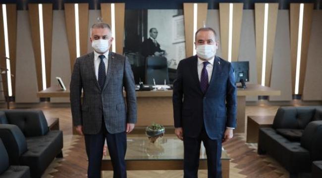 Vali Ersin Yazıcı, Başkan Böcek'i ziyaret etti