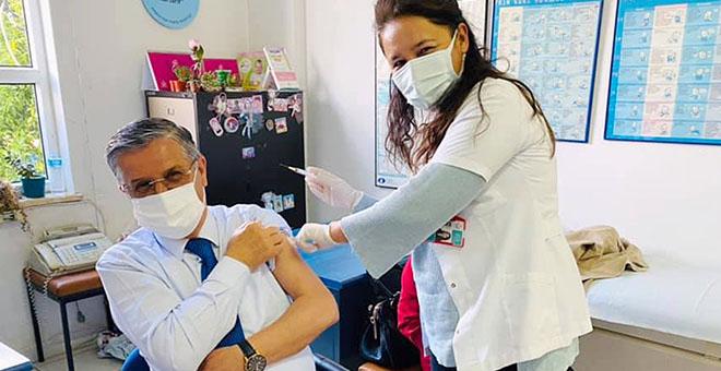 Başkan Topaloğlu ikinci doz aşısını oldu