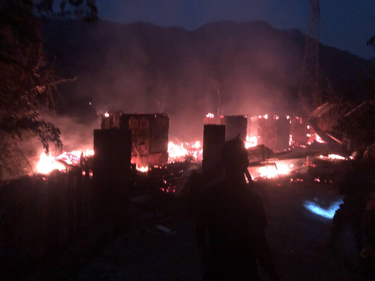 Yaylada yangın söndürüldü