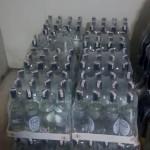 Kemerde bir  otelde 332 litre sahte içki ele geçirildi