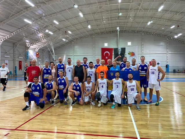 6. Uluslararası Kemer Basketbol Master Cup'ta en iyi forvet seçildi