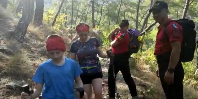 Jandarma Likya Yolu'ndaki turistleri tahliye etti