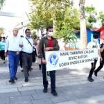 Kemer'de Beyaz Baston Körler Bağımsızlık ve Güvenlik Günü farkındalık yürüyüşü